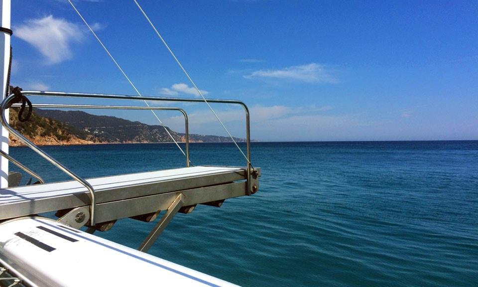 catamaran-jump-lloret