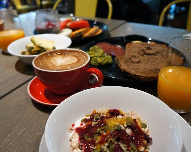 breakfast Capri by Fraser
